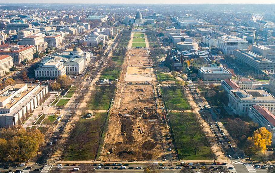 Alpha Corporation Wins National Mall Turf Contract